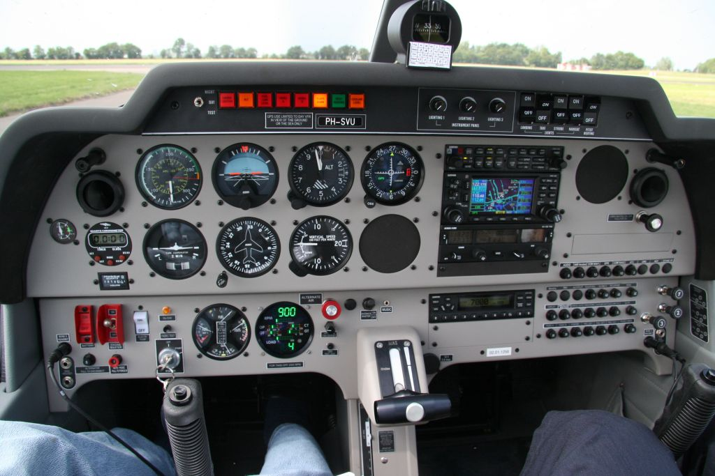 01 Cockpit PH SVU